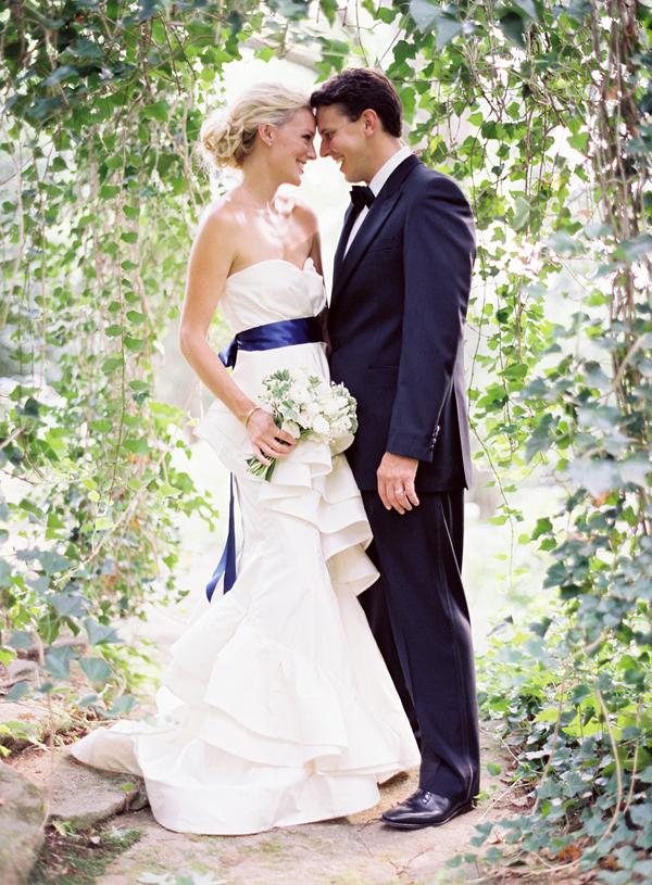 結婚式 新郎新婦 ペアコーデ