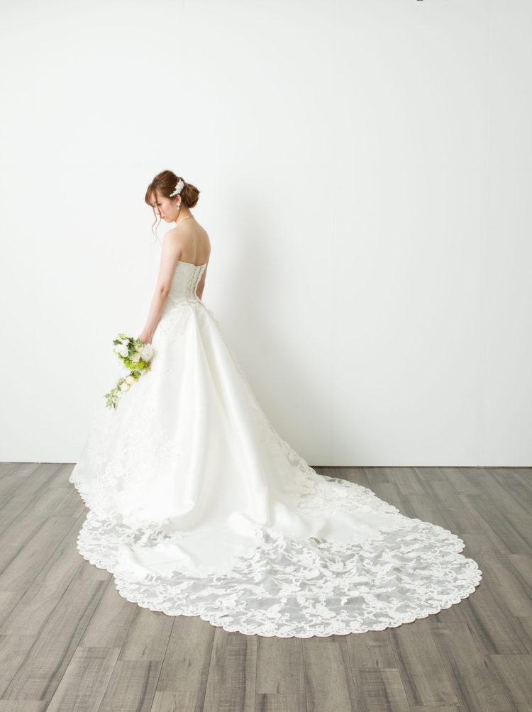 3669a6f5501c7 2018 春 結婚式予約ドレスランキング(ウェディングドレス編)